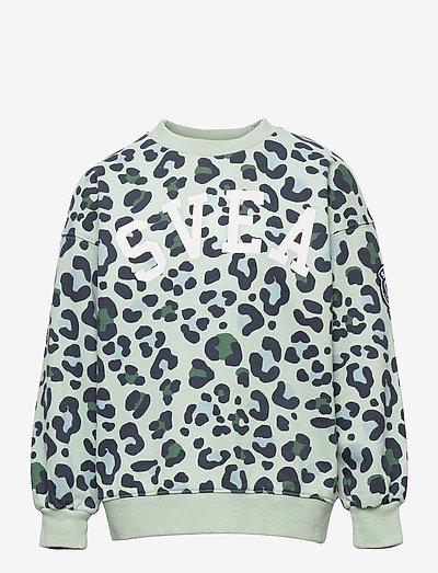 K. Leo Crew Sweat - sweatshirts - minty leo
