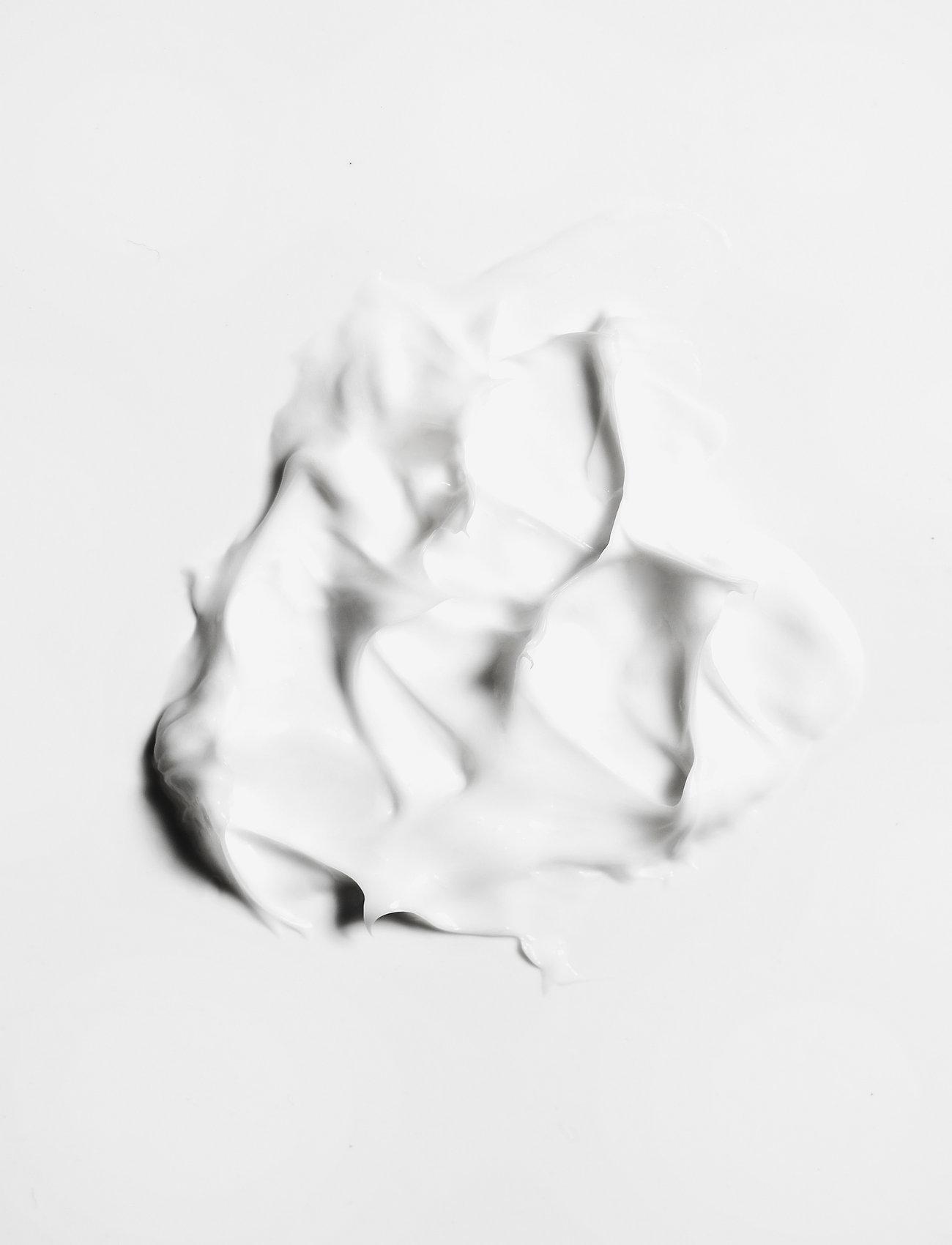Swiss Clinic - Night Cream - yövoide - natural - 1