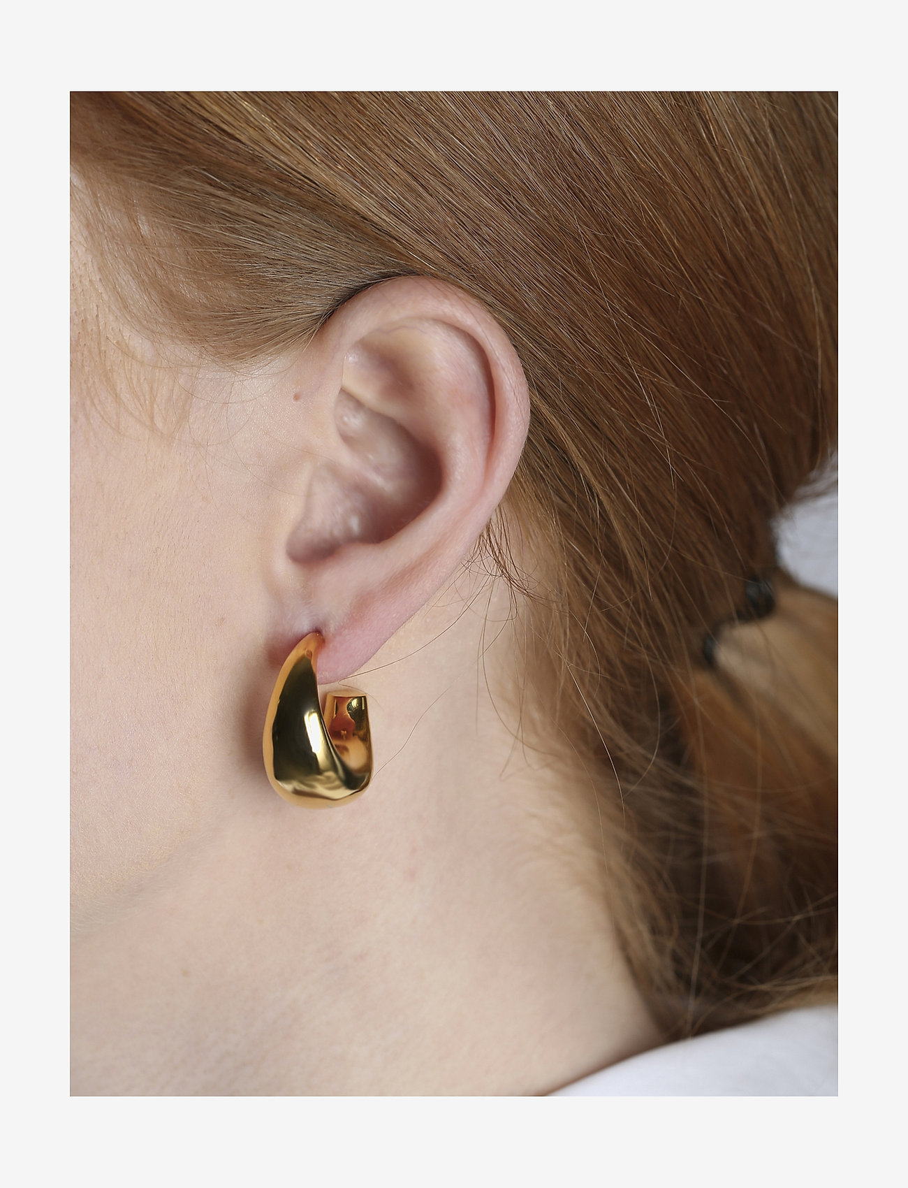 Syster P - Bolded Big Hoop Earring Gold - hopen - gold - 1
