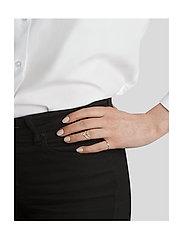 Syster P - Tiny Arrow Fingertip Ring Silver - gredzeni - silver - 1