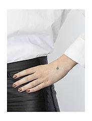 Syster P - Mini Teardrop Bracelet Silver - dainty - silver - 1