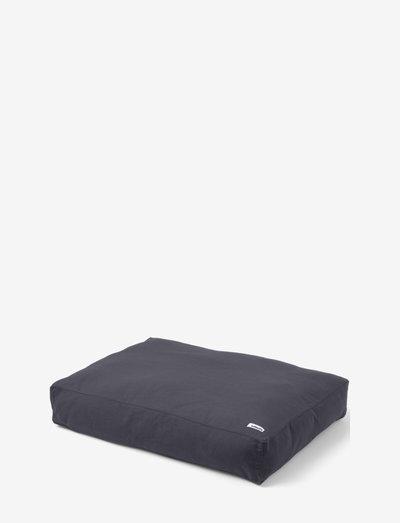 Tobine bed - hundesenge - warm grey