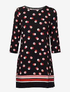 T-SHIRT 3/4-SLEEVE R - krótkie sukienki - black patterned