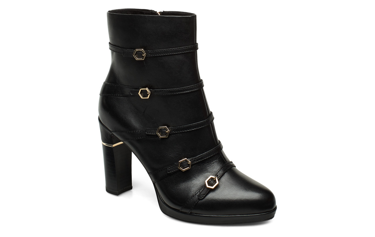 Tamaris Heart & Sole Woms Boots - BLACK