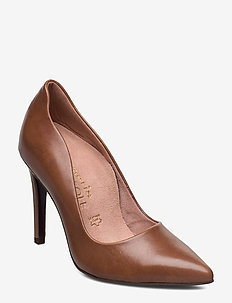 Woms Court Shoe - NUT