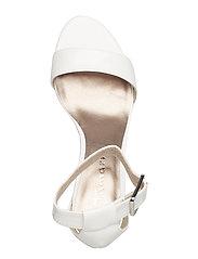 Woms Sandals (White Patent) (239.60 kr) Tamaris |
