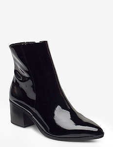 Woms Boots - ankelstøvler med hæl - black patent