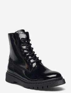 Woms Boots - tasapohjaiset nilkkurit - black patent
