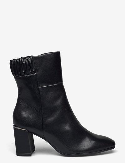 Woms Boots - Genova - ankelstøvler med hæl - black