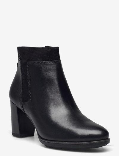 Woms Boots - ankelstøvler med hæl - black/struct.
