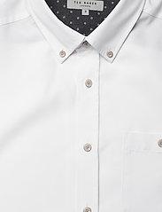 Ted Baker - YASAI - geruite overhemden - white - 2