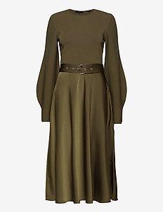 GWENII - sukienki do kolan i midi - khaki