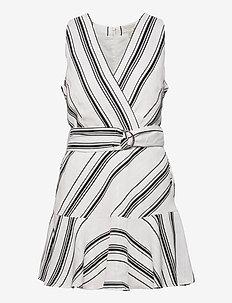 ALIICEE - summer dresses - white