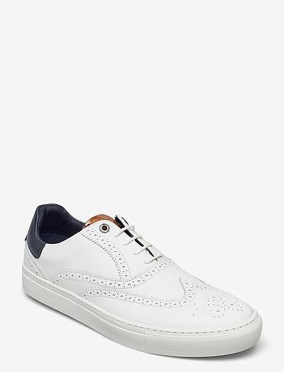 DENNTON - laag sneakers - white