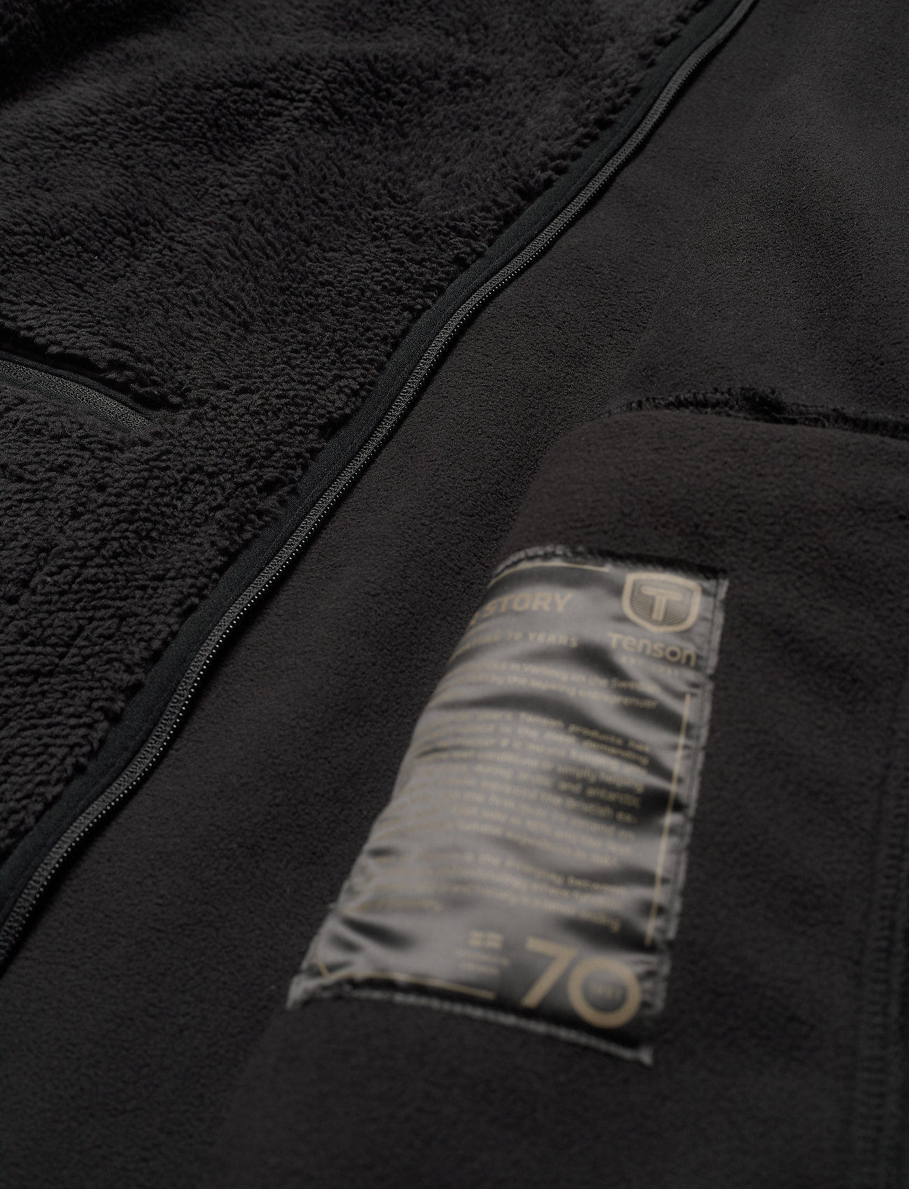 Tenson - Nechako Pile Jkt M - basic-sweatshirts - black - 1