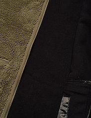 Tenson - Nechako Pile Jkt M - basic-sweatshirts - olive - 4