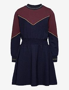 ROSA L_S DRESS - sukienki - navy blazer