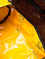 The North Face - BASE CAMP DUFFEL - XS - sacs de sport - summit gold-tnf black - 5