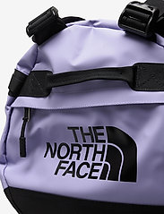 The North Face - BASE CAMP DUFFEL - S - salilaukut - sweet lavender-tnf black - 4