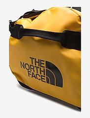 The North Face - BASE CAMP DUFFEL - L - salilaukut - summit gold-tnf black - 7