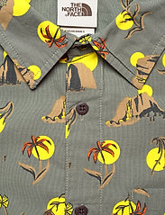 The North Face - M S/S BAYTRAIL SHRT - chemises de lin - agave green valley sun print - 2
