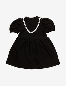 The Tiny Lady - ALL BLACK