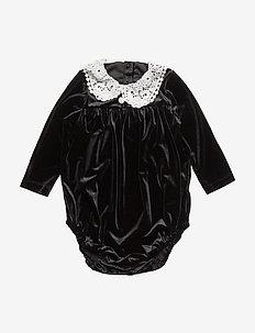 Tiny Victorian/Body - BLACK & WHITE