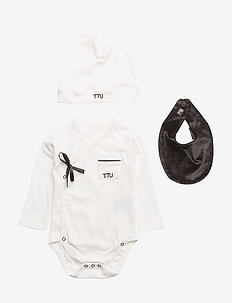 Ultimate Pyjamas Kit - BLACK & WHITE