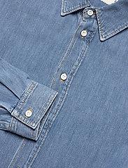Tiger of Sweden Jeans - PURE NP - podstawowe koszulki - light blue - 5