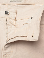 Tiger of Sweden Jeans - JIN - denim shorts - ecru denim - 3