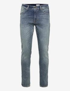 EVOLVE - slim jeans - medium blue