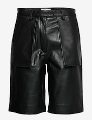 Tiger of Sweden - MALGOSIA L - skinn shorts - black - 0