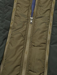 Tiger of Sweden - OSSIEN - light jackets - vibrant green - 5