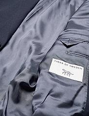 Tiger of Sweden - JARL - enkeltkneppede blazere - misty blue - 4