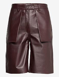 MALGOSIA L - læder shorts - dark wood