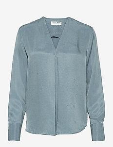 KASIA - langermede bluser - faded blue
