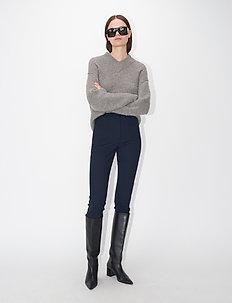 BERGENIA - slim fit bukser - black