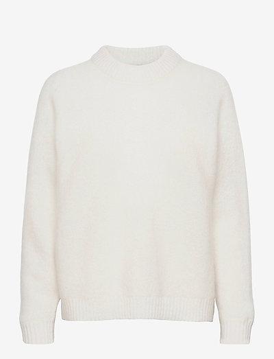 GWYNN - pullover - pure white