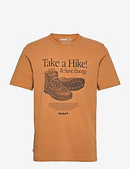 SS Arch Front Hiker Tee - WHEAT BOOT