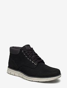Bradstreet Chukka Leather - BLACK