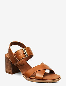 Tallulah May Cross Band Sandal - højhælede sandaler - saddle