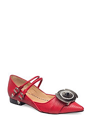 TOGA PULLA-SHOE - RED