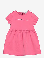 Tommy Hilfiger - BABY ESSENTIAL DRESS S/S - kleider - exotic pink - 0