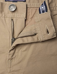 Tommy Hilfiger - BOYS SLIM CHINO OSTW PD - trousers - batique khaki - 3