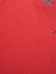 Tommy Hilfiger - BOYS BASIC CN KNIT S - short-sleeved - apple red heather - 2