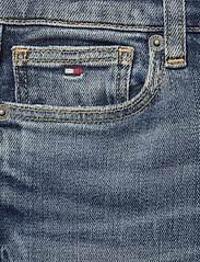 Tommy Hilfiger - STEVE SLIM TAPERED DAZDBST - jeans - dazzle destructed blue stretch - 2