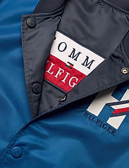 Tommy Hilfiger - REVERSIBLE TH LOGO - bomber jackets - twilight navy / lapis lazuli - 5