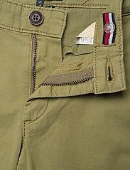 Tommy Hilfiger - ESSENTIAL SKINNY CHI - trousers - uniform olive 548-640 - 3