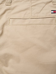 Tommy Hilfiger - ESSENTIAL CHINO SHOR - shorts - silt - 4