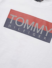 Tommy Hilfiger - REFLECTIVE HILFIGER TEE S/S - short-sleeved - white 658-170 - 2
